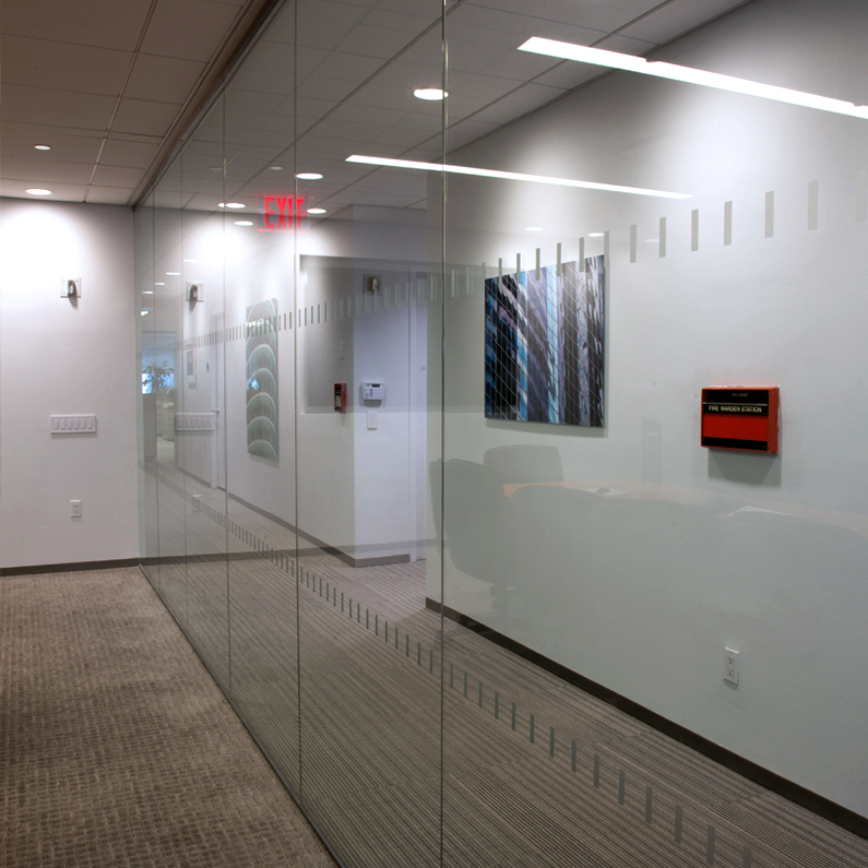 650 5TH AVENUE GLASS PARTITION WALL