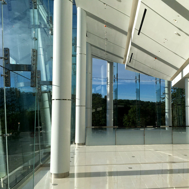 Manhasset Lord and Taylor Glass Curtain Wall